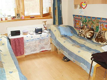 Idősek otthona kétágyas szoba