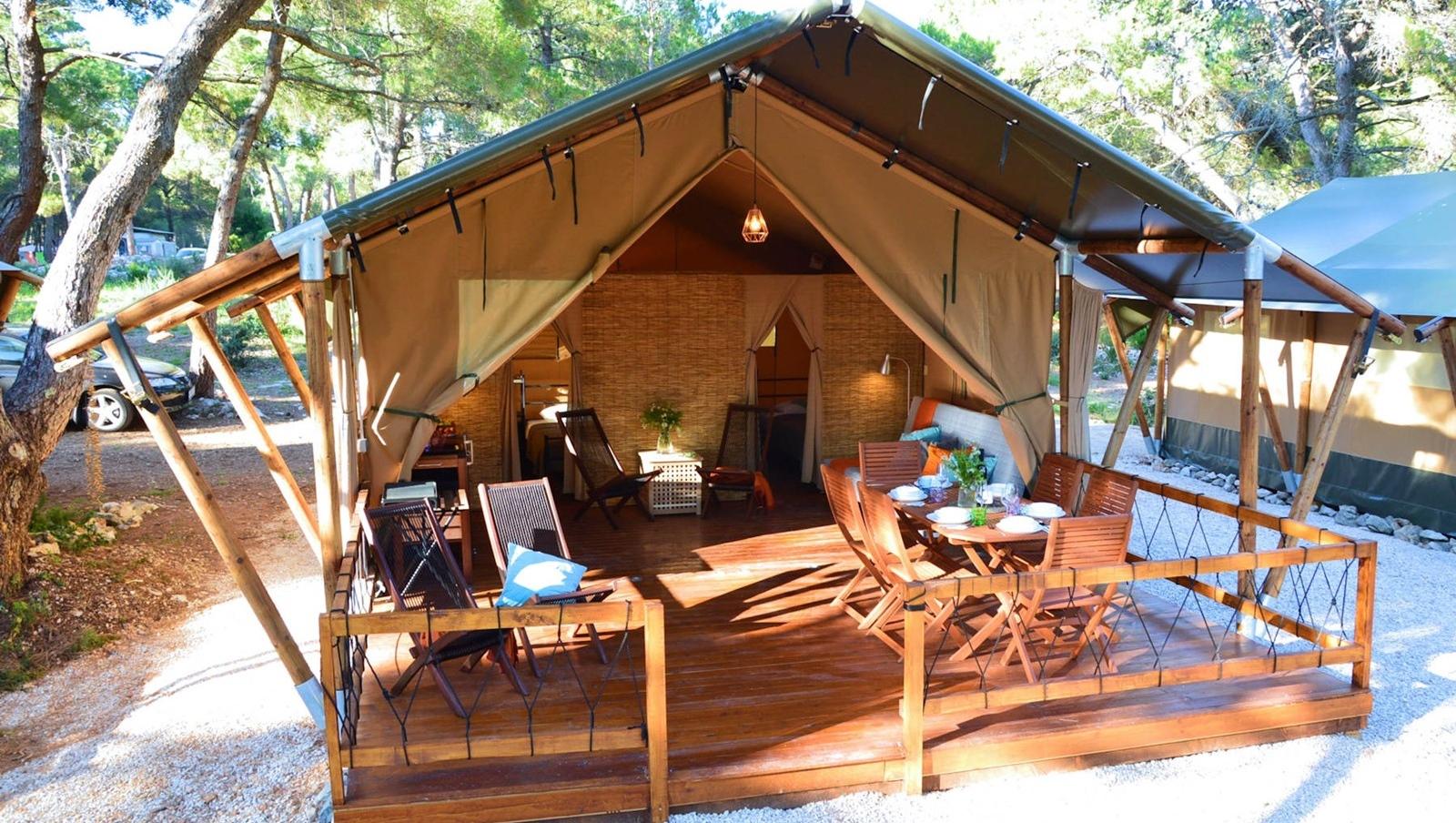 Safari Tent 2 & Safari Tent 2 | Lošinj Glamping | Rent a Tent in Camp ?ikat