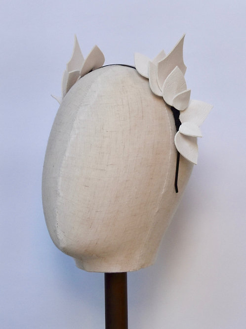 Faux Leather - White Leaves