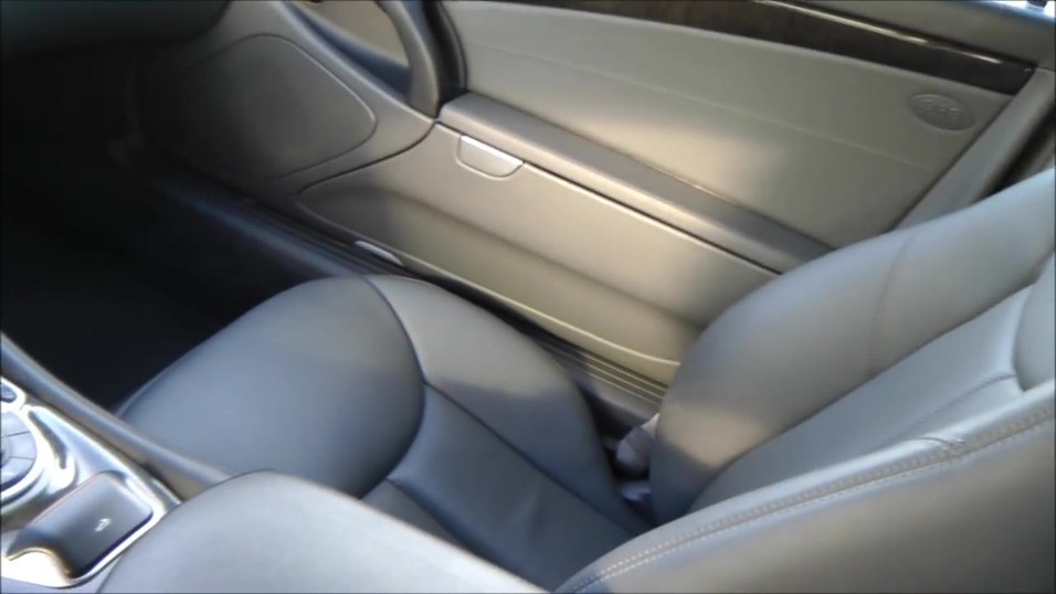 Mercedes Benz SL R230