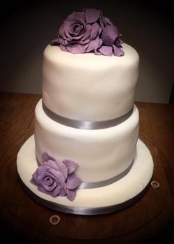 Lilac and grey wedding cake