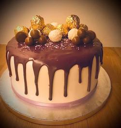 Purpel Drip Cake