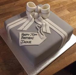 Diamante Parcel Bow Cake