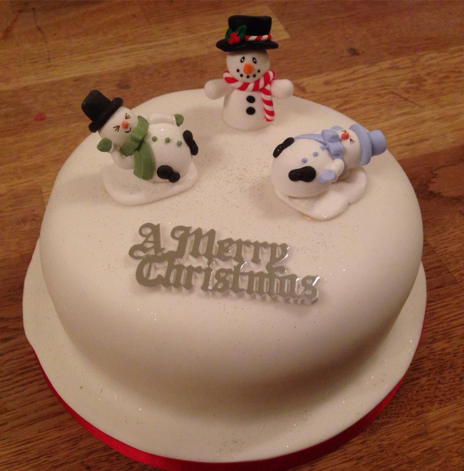 Christmas+cake+with+snowmen