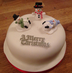 Christmas+cake+with+snowmen