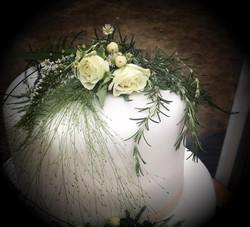 wedding flowers top tier
