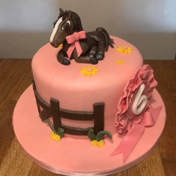 Horse themed cake