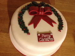 Christmas+Cake++with+Holly