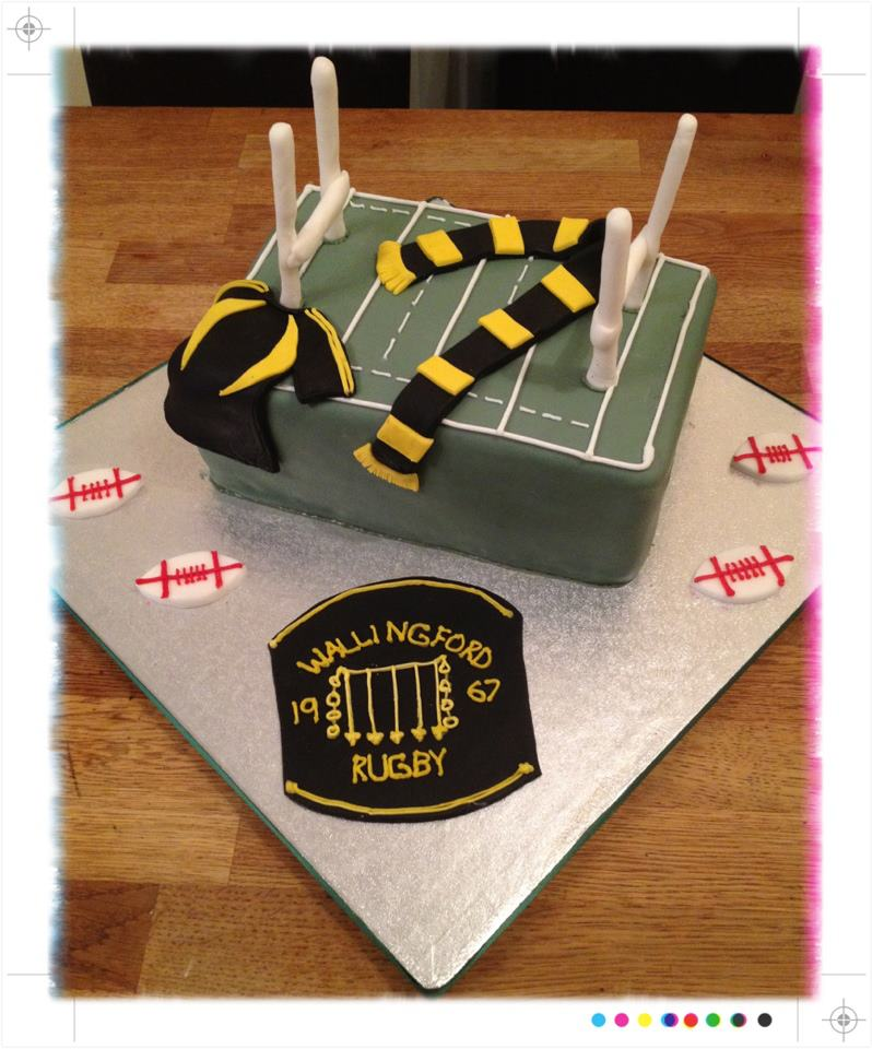 Wasps themed Rugby cake