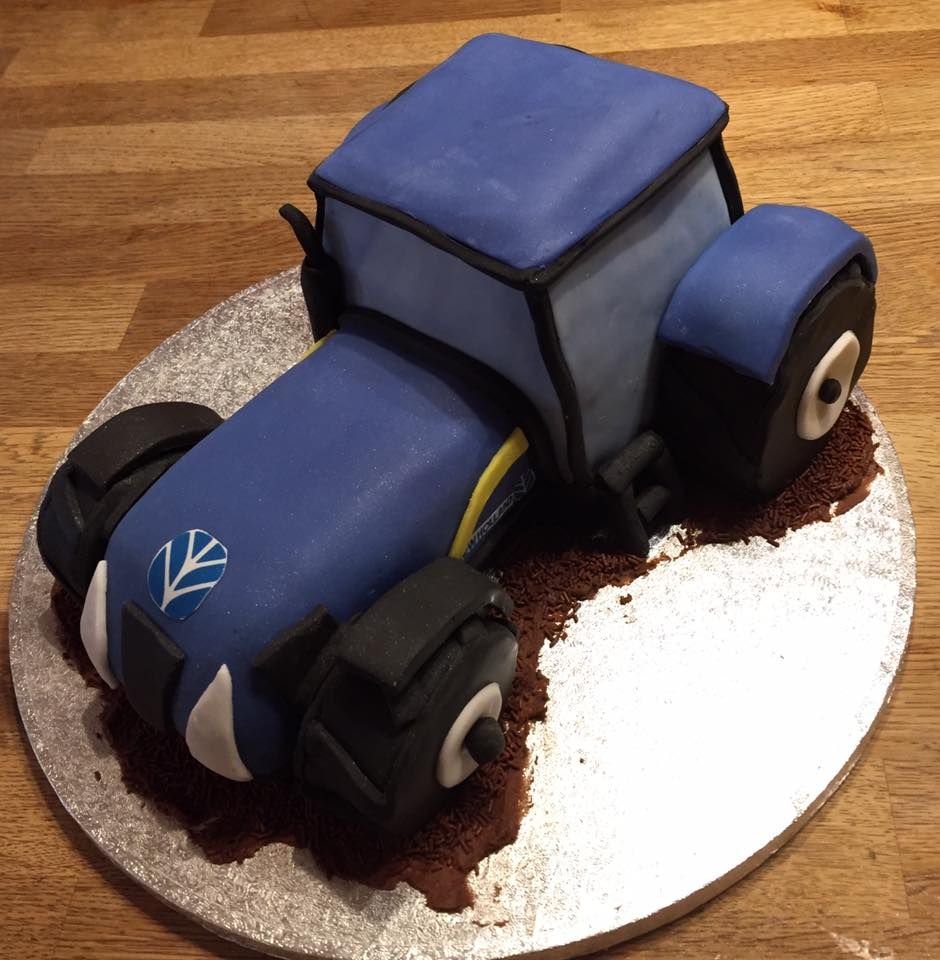 3d Tractor birthday cake