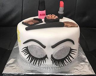 Make up cake .jpg