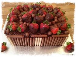Strawberry and Chocolate Cake