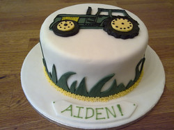 Cake with a fondant tracto