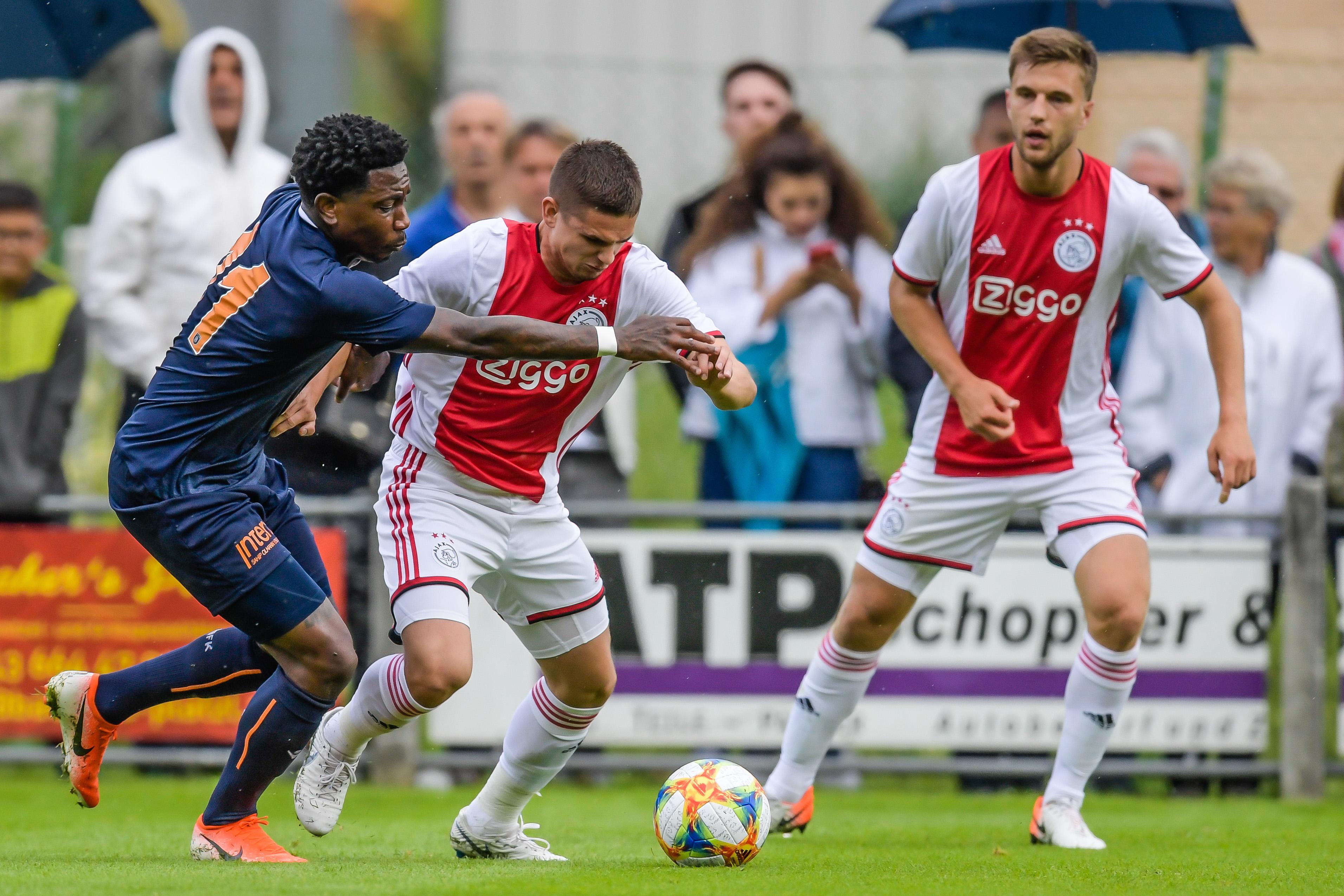 Ajax Amsterdam vs. Basaksehir
