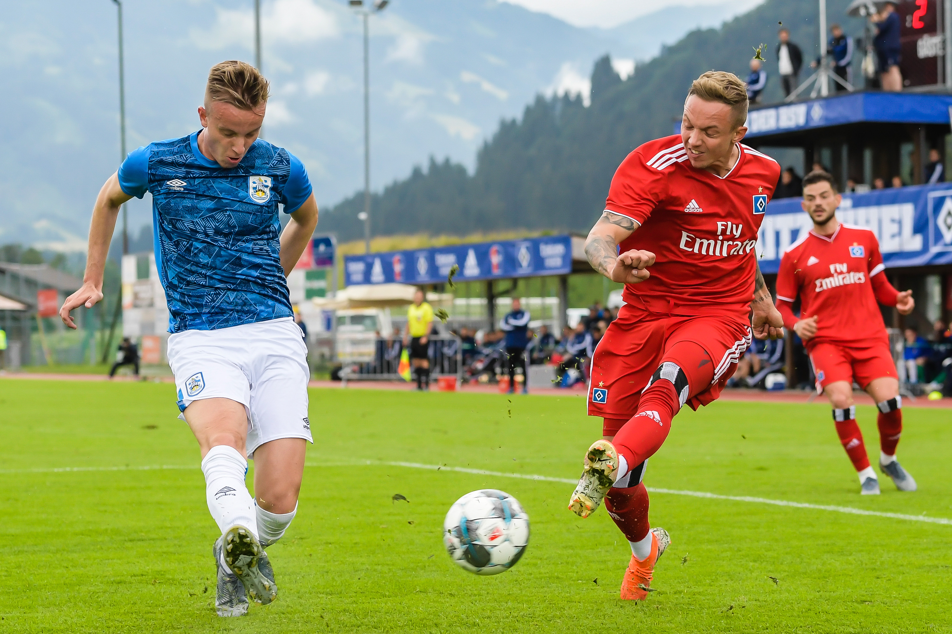 HSV vs. Huddersfield Town