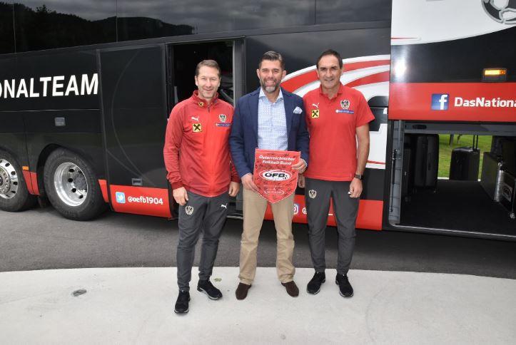 ÖFB-Teamchef Franco Foda, Brandlhof-Direktor Thomas Baliamis und Assistenz-Trainer Thomas Kristl (Foto: Brandlhof)
