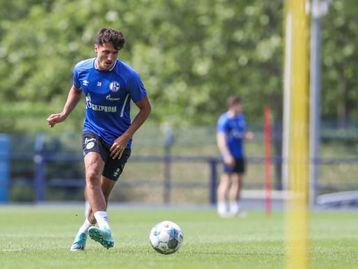 Schalke 04 schlägt Trainingszelte in Tirol auf