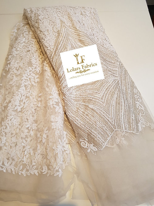 Trendy White Sequinned Tulle Lace Fabric