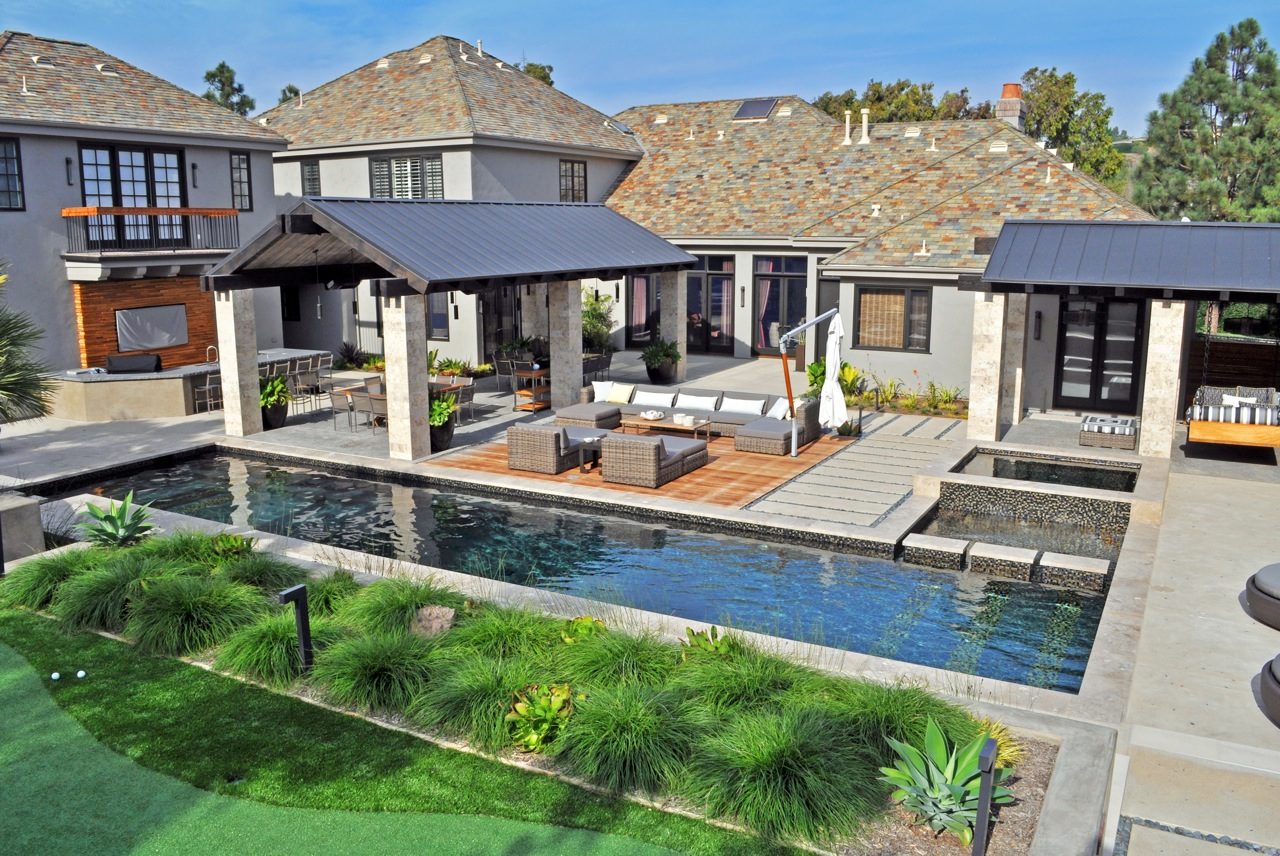 contempary-pool-spa-and-entertaining-are