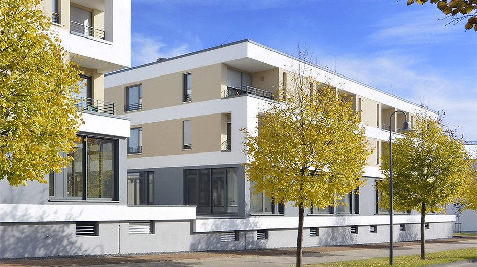 Appartementhotel Außenansicht Robert-Schuman-Allee