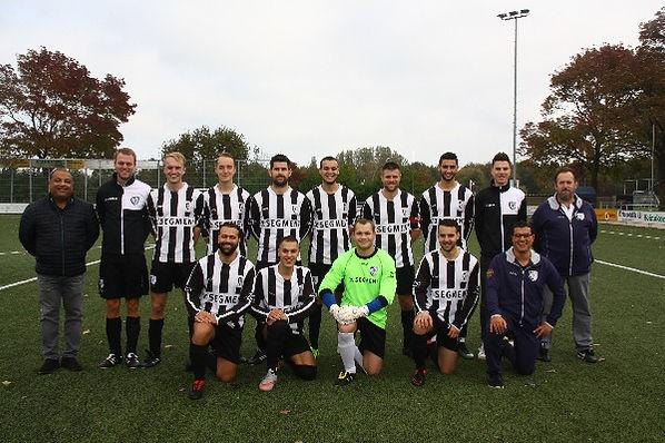 tweede elftal msv71.JPG