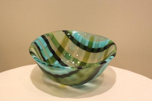 Check pattern bowl medium