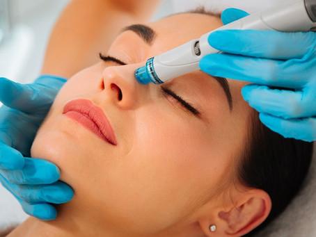 Format FAQ : Tout savoir sur le soin du visage HYDRAFACIAL / AQUA PEEL