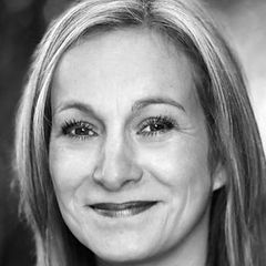 Emma Ashton, Theatre School in Huddersfield