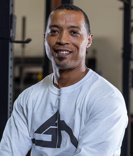 Trainers_Gym_Headshots_16.jpg