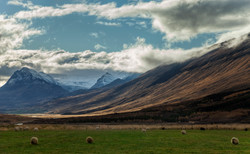 HILLS OF ICELAND