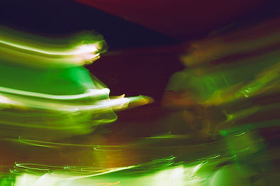 Omni, Rock band, slow shutter speed, motion blur, zoom-out, experimental photography, in-camera effect