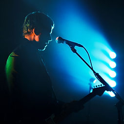 Banks and Steelz, Paul Banks, Fender, Stratocaster, Corgam; Photochronicle; Photojournalism; Photography; Contrast photography; Silhouette, Digital Photography; Photoedit; Music Photography; Live Music; Photograder; Colorist; Color Grader.