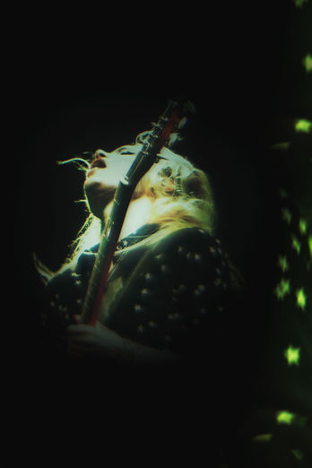 Alison Mosshart of The Kills photo by Corgam. Experimental photography. Lens distortion. Concert photography.