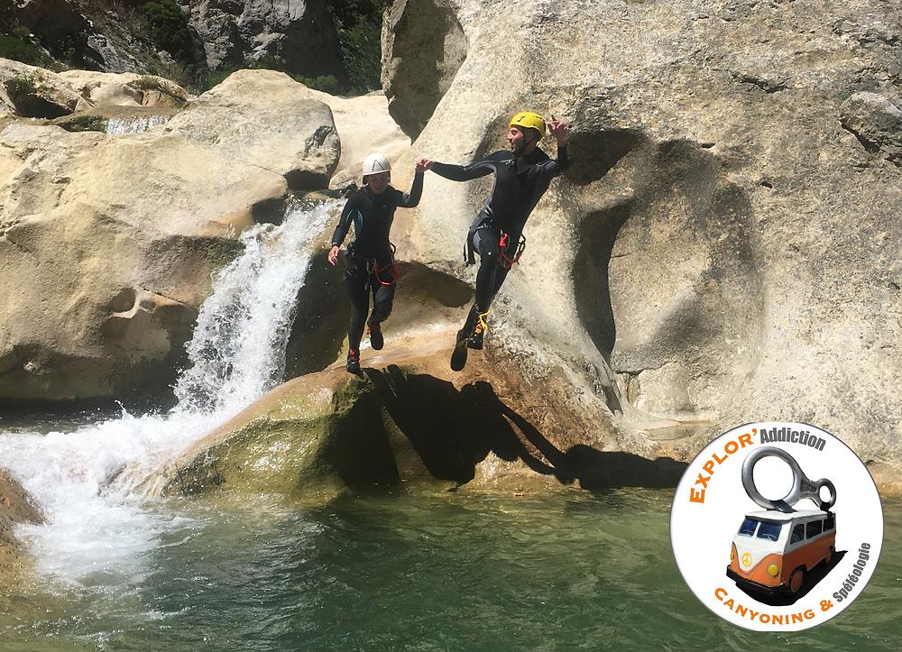 Saut en canyoning dans les Gorges de Galamus