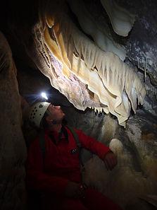 Parcours de spéléologie dans la grotte d'En Cassa - Pyrénées Orientales