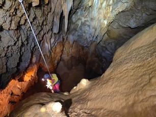 La grotte des Encantades, une sortie en spéléologie toute la journée