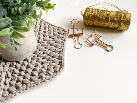 How to Crochet a Hexagon Mat - Mini Bean Stitch