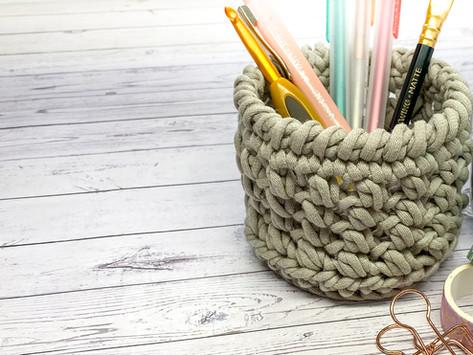 How to Crochet a Basket - Mini Bean Stitch