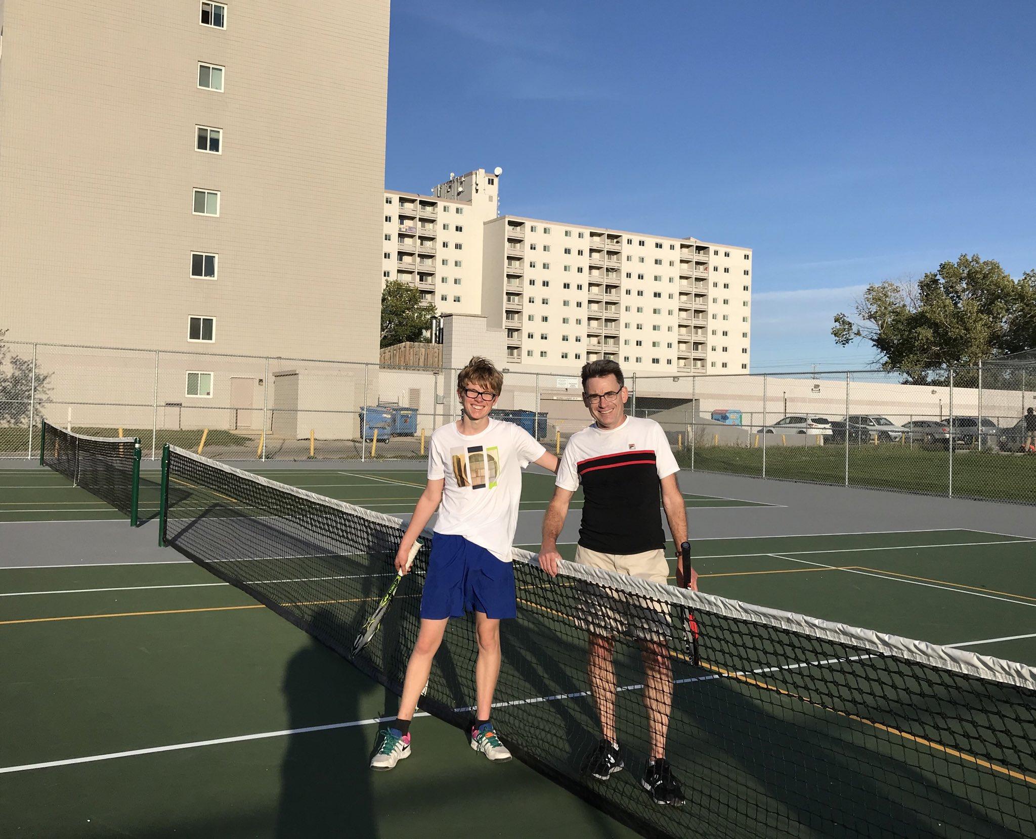 Dakota Collegiate Tennis