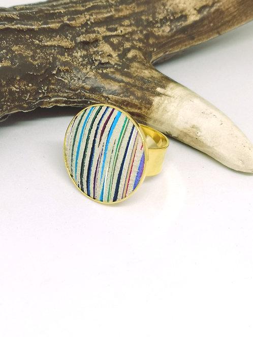 Ring multicolor. M67.