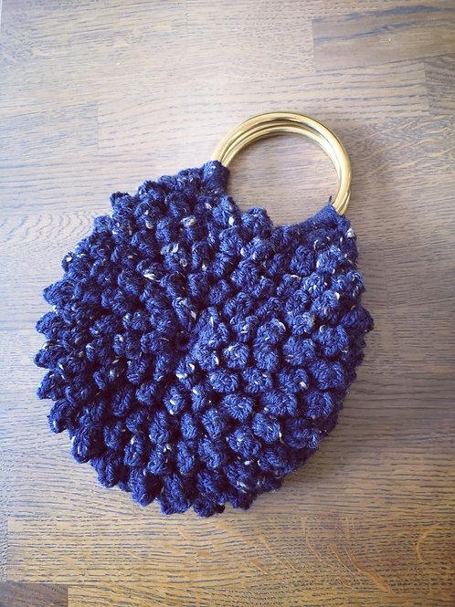 Dames handtas gehaakt (donkerblauw-grijze spikkel )H4