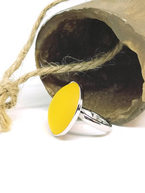 """Ring ingelegd met hars cabochon """"mat satijn geel"""" N124"""