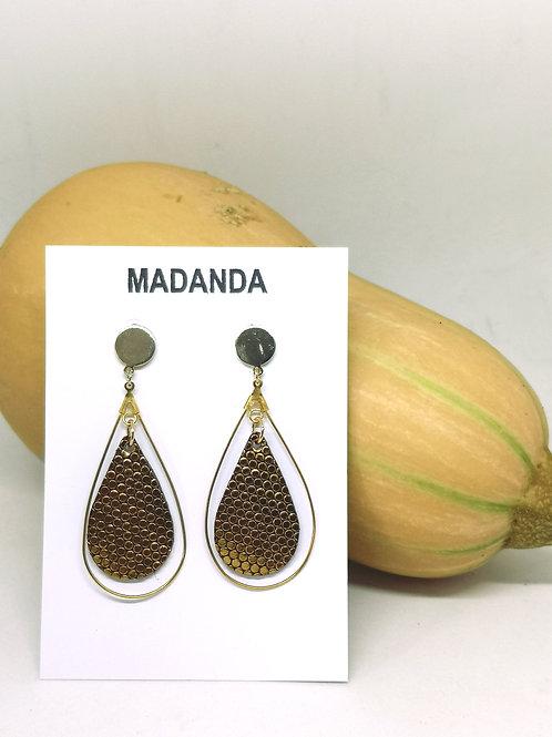 Druppel oorbellen met goud fantasie leder M701