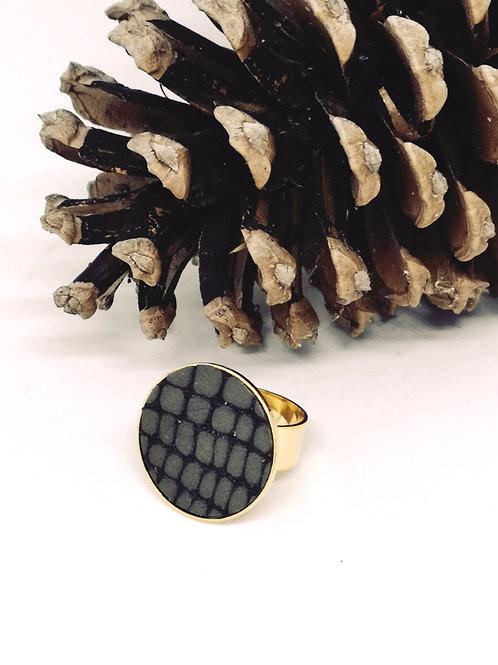 Ring ingelegd met taupe rundsleder met croco print M16