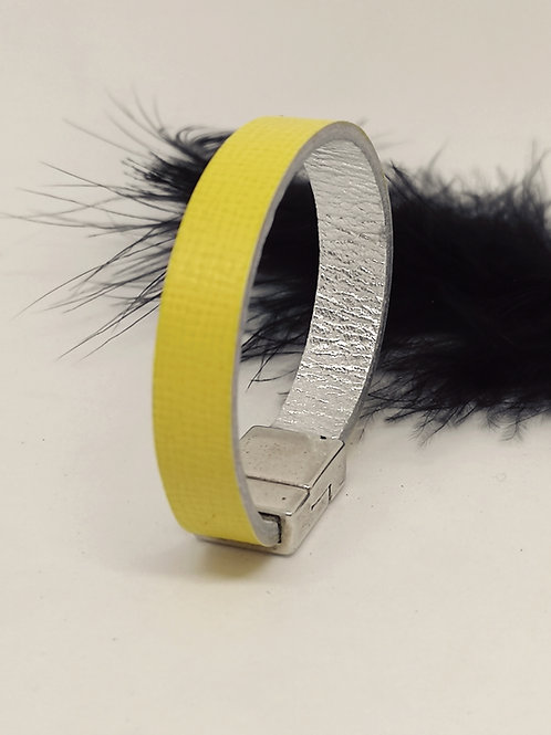 Armband in fluogeel rundsleder .P52