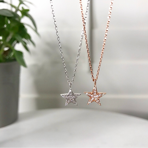 Five Point Star Pendant Necklace
