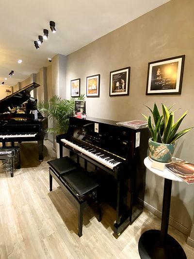 ピアノショップ-9.jpg