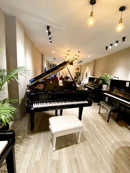 ピアノショップ-10.jpg