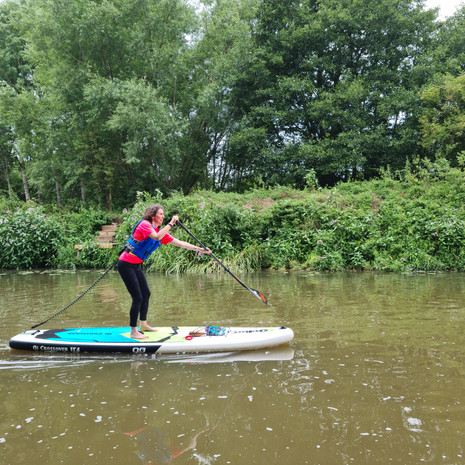"""""""Absolute beginner! All cool. Helen lent me a life jacket as my swimming skills aren't tops. We was up (yippee - on two feet!) and out on the river. Helen gave clear instructions and ensured we could move and turn and stop. And I didn't fall in! Thanks Helen."""" - Lucy McD"""