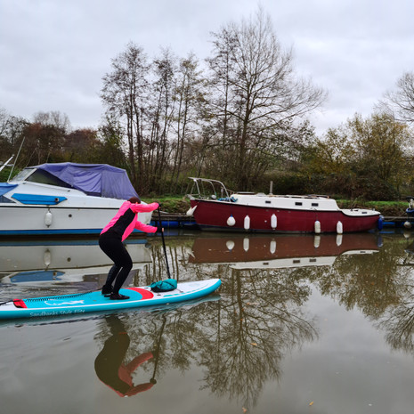 """""""I had such a great afternoon with Helen improving my paddling technique. Helen was excellent at breaking down the steps for me to follow, I feel much more confident now with my paddling. Helen is very professional and friendly, I had lots of fun and learnt a great deal. Thank you Helen :-)"""" - Kelly F"""